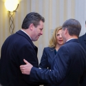 Gov. Bob McDonnell with Anthony Kearns and Kirsten  before special performance by Kearns in Jan. 2009